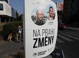Reklamní kampaň v ulicích Prahy před nadcházejícím...