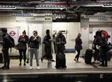 Londýnská stanice metra Victoria