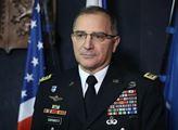 Vrchní velitel spojeneckých sil v Evropě Curtis M....