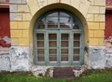 Zámek nechal vystavět hrabě Karel Bissingen