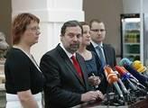 Ivo Rottenberg: Opožděný Silvestr nebo předčasný apríl aneb véčka mají nápad?