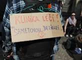 Demonstrace na podporu Autonomního sociálního cent...