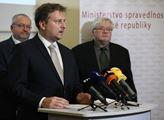 TK ministra spravedlnosti Jana Kněžínka, nejvyššíh...