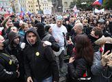 Bordel v Praze: Robert Záruba zuří. Dominik Hašek? Jinak