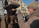 Na Staroměstském náměstí se protestovalo proti sml...