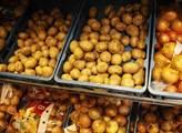 Děti na měsíc na pole, ať si to zkusí! Šéf bramborářů: Byli jsme velmoc, a teď...