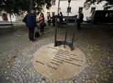 Pomník Milady Horákové na Pětikostelním náměstí