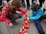 Zapalování svíček za Václava Havla