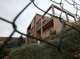 Manželé Peakovi prodali vilu v Troji za 57 milionů...