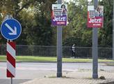 Volební kampaň v ulicích německých Drážďan. Volby ...