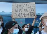 Noční pochod německé pravicové iniciativy Pegida D...