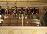Sněmovna jako atrakce japonského zájezdu