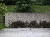 Pietní akt za 71 popravených vlastenců dne 30. čer...