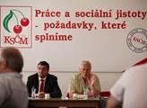 Mírové setkání proti NATO, které v prostorách ÚV K...