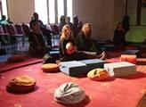 V Novoměstské radnici proběhlo uvítání tibetského ...