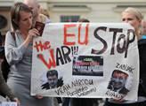 Na Hradčanském náměstí u příležitosti výročí napad...