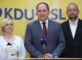 Poslanec KDU Marek Výborný už minulý týden upozornil, že očkovací plán vlády je nereálný