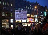 Demonstrace proti Zdeňkovi Ondráčkovi na Václavské...