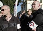 Ve Varnsdorfu lidé starostu vypískali, chtěli se dostat k Romům