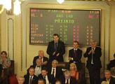 Poslanci si dnes odhlasovali rozpuštění sněmovny