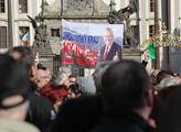 Demonstrace na podporu prezidenta Miloše Zemana na...