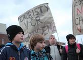 Protest proti existenci palestinské ambasády na úz...