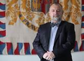 VIDEO Řešení dělovým člunem. Hradní šéfdiplomat Kmoníček pro nás obsáhle rozebral, co potřebuje současný svět