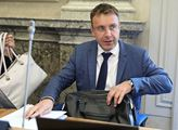 Kremlík: Respektuji rozhodnutí premiéra, oponoval jsem mu v otázce ukvapeného zrušení zakázky
