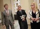 Andrej Babiš před přednáškou na právnické fakultě