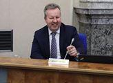 Ministr Brabec: Náhrady škod způsobené vlky se rozšíří, začíná platit nová vyhláška