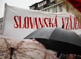 Na Václavském náměstí proběhl mítink na podporu Ru...