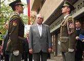 Prezident Zeman uctil památku padlých v bojích o r...