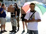 Piráti na Palackého náměstí v Praze představili sv...
