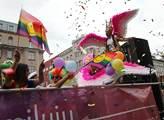 Pochod hrdosti gayů a leseb Prague Pride. Účastnil...