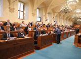 Jednání Senátu. Projednávala se EET nebo žaloba na...