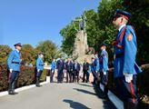 Zeman s Vučićem uctili památku obětí války