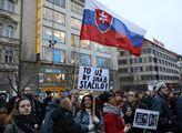 Demonstrace za lepší Česko a Slovensko v reakci na...