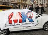 Happening s názvem Okupanti obsazují Prahu v souvi...