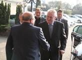 Prezident Miloš Zeman zavítal na mimořádný sjezd S...