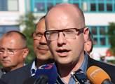 Bohuslav Sobotka odpovídal novinářům