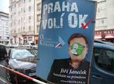Politické plakáty v ulicích Prahy. Do termínu vole...