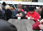 Rybí polévka lidem chutnala
