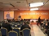 Varování oranžového senátora: ČSSD je prolezlá korupcí, přijdou další aféry