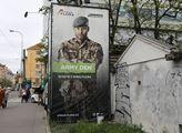 Army den v nákupním středisku Atrium Flora. Lidé s...