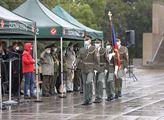Udílení pamětních medailí za operace Pouštní štít ...