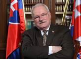 Slovenským prezidentem bude Andrej Kiska. Jasně vyhrává nad Robertem Ficem