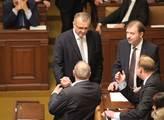 Miroslav Kalousek se zdraví s Jaroslavem Zavadilem