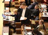 Novela zákona o týrání zvířat ve sněmovně. Poslanc...