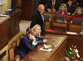 Říjnové jednání sněmovny. Na programu například no...