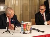 Prezident Miloš Zeman se spoluautorem knihy Radime...